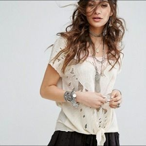 Free People Castaway tie front top embroidered - M